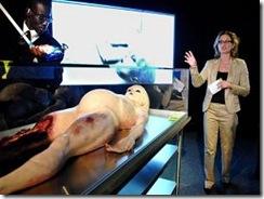 88759_maket_yang_menunjukkan_rupa_sebuah_alien_di_museum_of_science__as_300_225