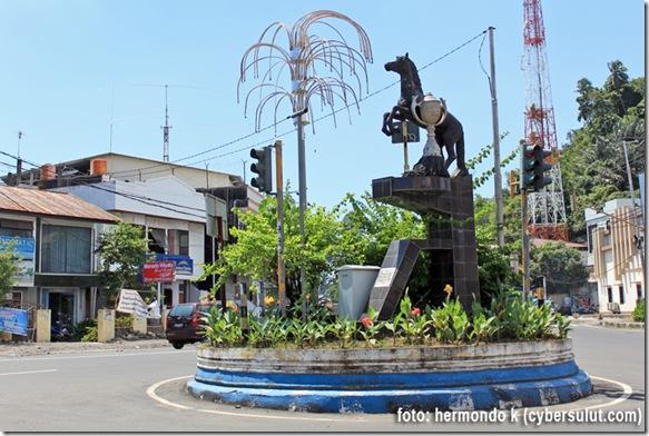 Patung-Kuda