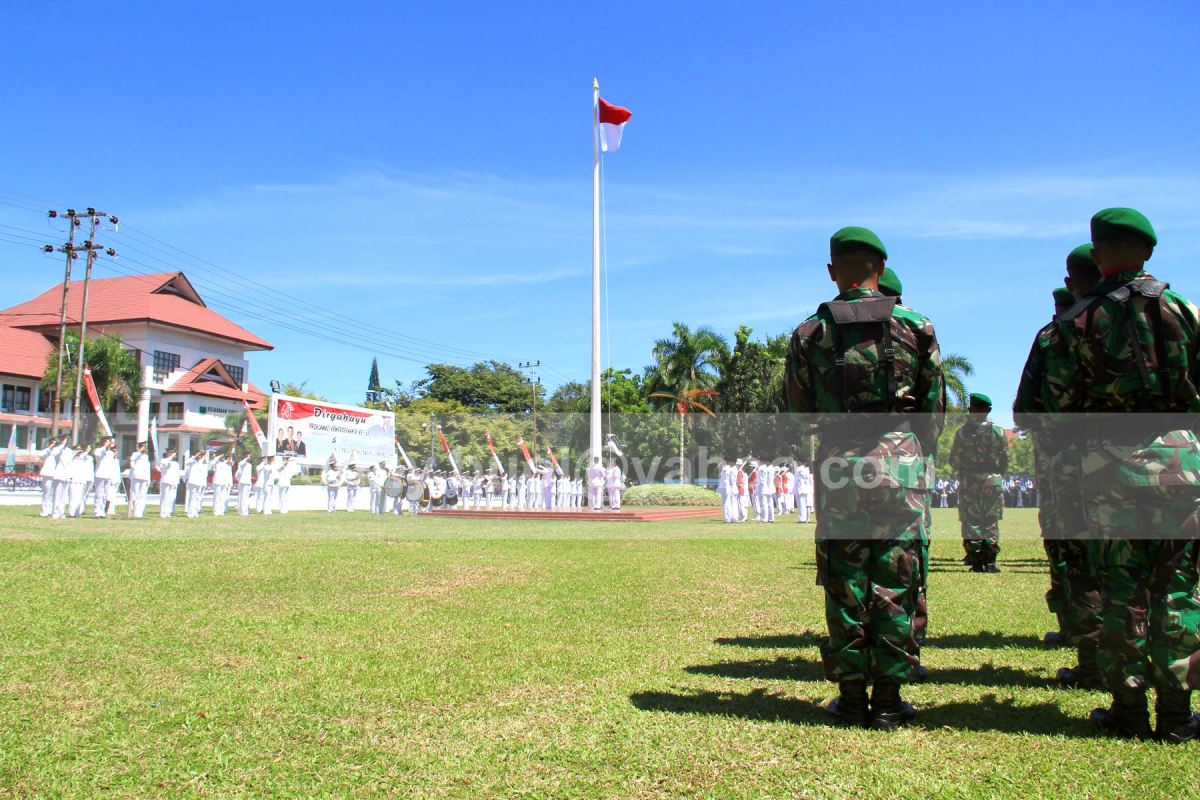 Upacara Bendera HUT Ke-68 RI di Sulawesi Utara