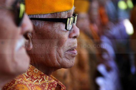 POTRET VETERAN. Wajah salah satu anggota Legium Veteran Sulawesi Utara yang ikut hadir dalam Upacara Bendera memperingati Detik-Detik Proklamas Kemerdekaan Indonesia di Halaman Kantor Gubernur Sulut, 17 Agustus 2013.