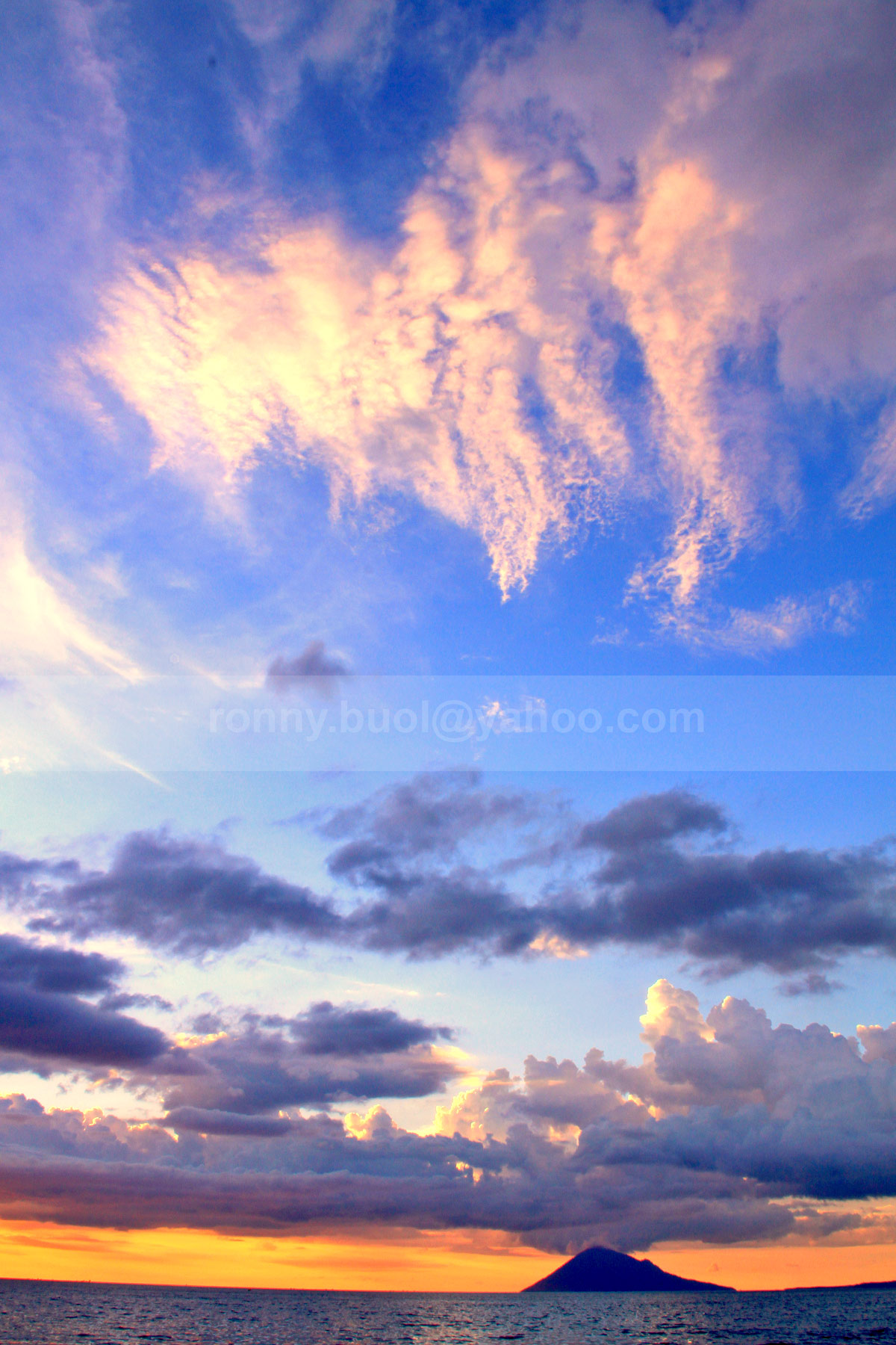Sunset Manado Agustus 2013