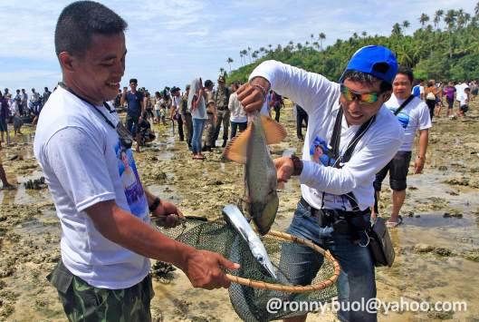 MANEE - Ikan yang berhasil ditangkap pada Manee 2015.